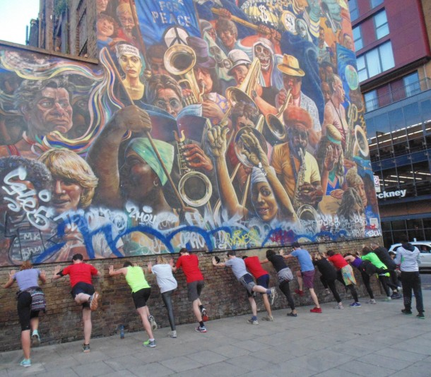 Mural Stretching